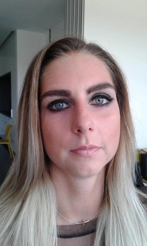 alcina kouřové oči 3