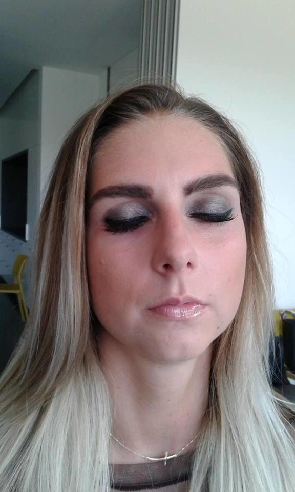 alcina kouřové oči 2